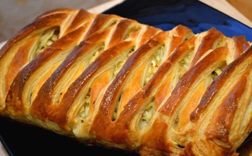Рецепты пирога с капустой из слоеного теста: готового, дрожжевого и бездрожжевого