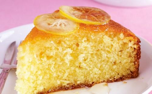 Нежный манный пирожок с душистым лимоном