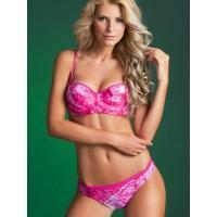 Блондинка в розовом всегда выигрывает
