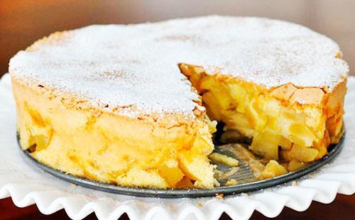 Шарлотка из яблок самый простой рецепт 🥝 выпечка пирога на сковородке