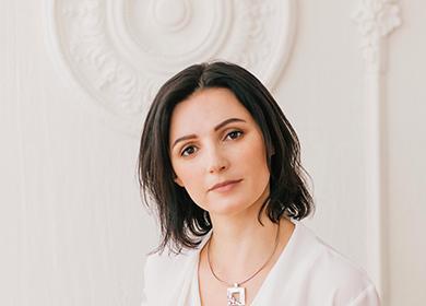 Ольга в белом антураже