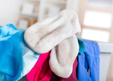Как отстирать белые носки в домашних условиях: в машинке и вручную, особенности замачивания, вываривания, удаления катышков