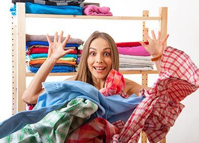 Как погладить одежду, не используя утюг: кружкой, во время сна и… голыми руками