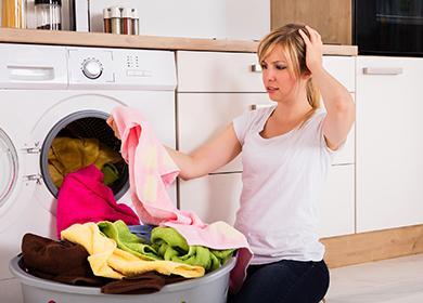 Чем вывести жирное пятно с одежды: стираем следы вкусного ужина в домашних условиях