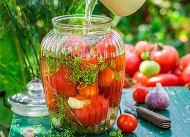 Маринованные помидоры назиму вбанках: целые, дольками, всобственном соку, сладкие, спелые изеленые