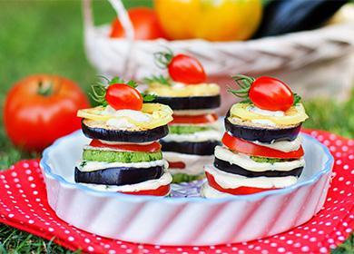 Рецепт салата с баклажанами на зиму: закатываем «Вкуснотищу» и другие варианты заготовок из синеньких