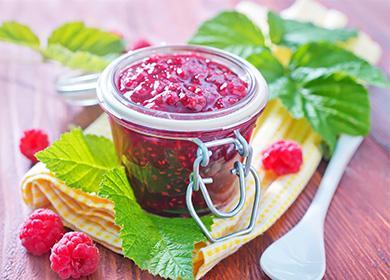 Варенье измалины назиму: рецепты ссахаром, яблоком, базиликом, желатином исмородиной