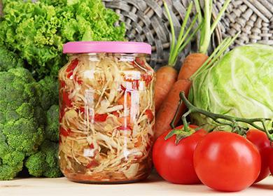 Овощной салат в банке