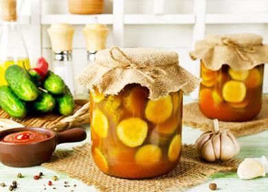 Огурцы втомате назиму: «Обалденный» рецепт ссоусом инеменее аппетитные вариации скетчупом, пастой исоком