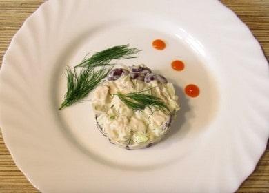 Вкуснейший салат с копченой курицей и фасолью: пошаговый рецепт с фото и видео!