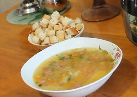 Гороховый суп, сваренный в мультиварке, придется по душе всем