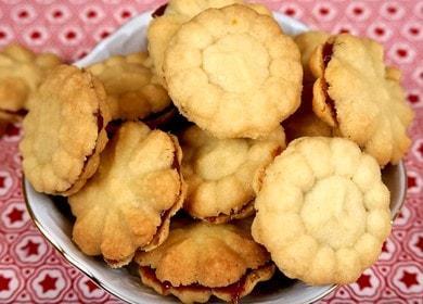 Готовим вкусное песочное печенье без яиц по рецепту с фото.