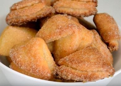 Готовим вкуснейшее печенье Ушки из творога по пошаговому рецепту с фото.