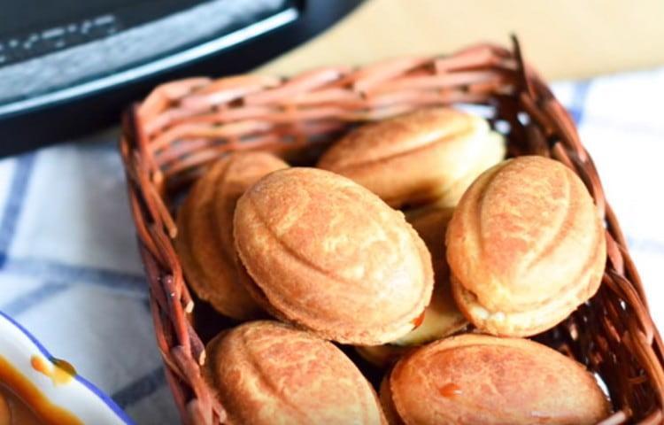 Как видите, даже привычное печенье Орешки можно сделать более оригинальным за счет нежной начинки.