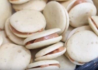 Быстрое печенье с вареной сгущенкой — просто и вкусно
