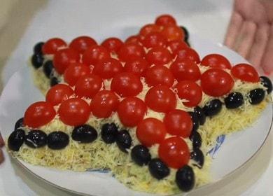 Салат «Звезда» с печенью трески — рецепт на праздничный стол