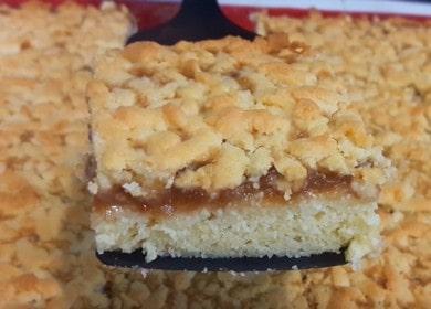 Домашний тертый пирог с вареньем из песочного теста