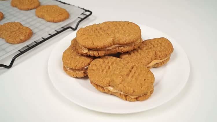 Смотрите как подавать арахисовое печенье