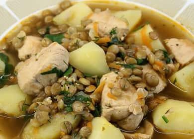 Суп с чечевицей и курицей — очень вкусный, полезный и простой в приготовлении