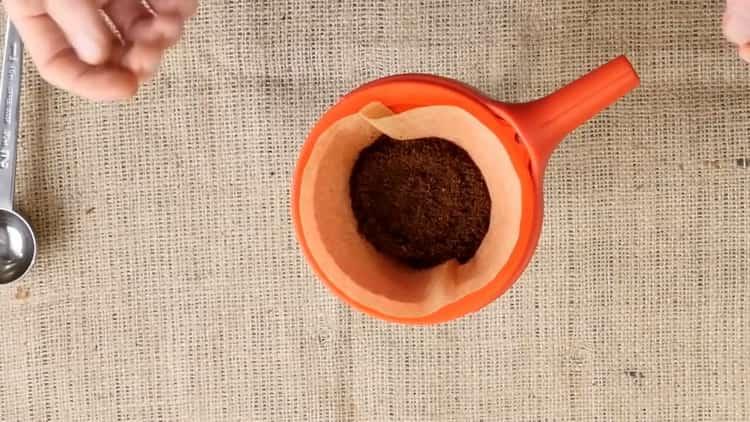 Подготовьте ингредиенты для приготовления напитка