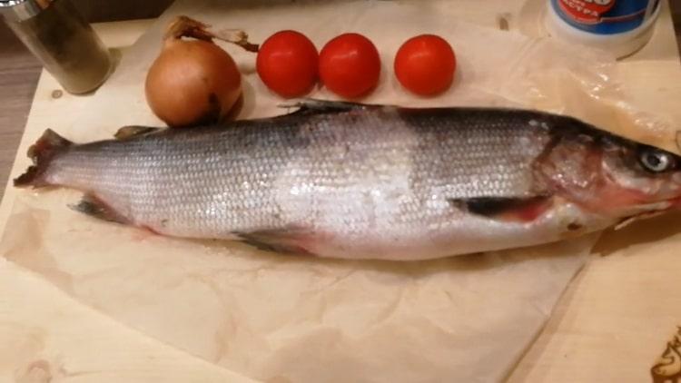 Для приготовления рыбы мускун, подготовьте ингредиенты