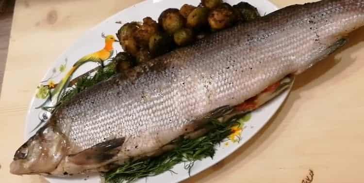 Запеченая рыба муксун - простой и вкусный рецепт