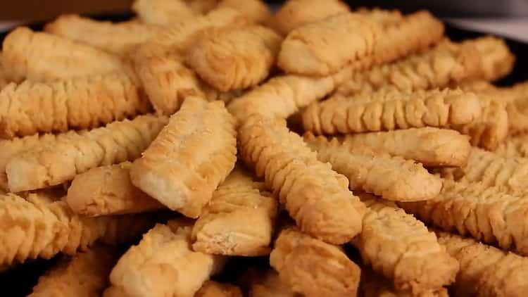 Как приготовить песочное печенье через мясорубку