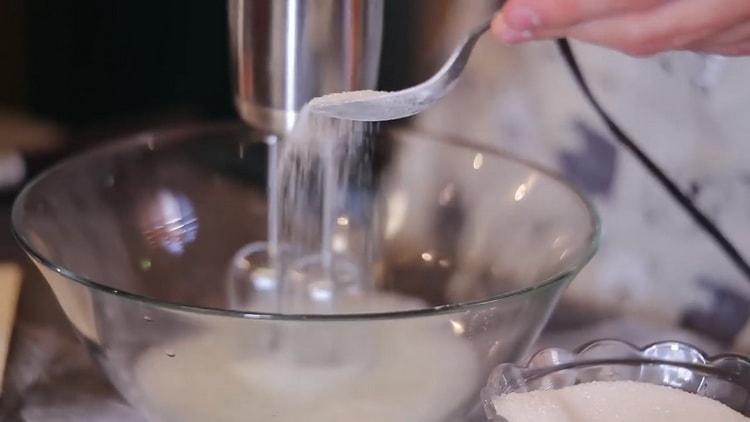 Для приготовления печенья из медальной муки. смешайте ингредиенты