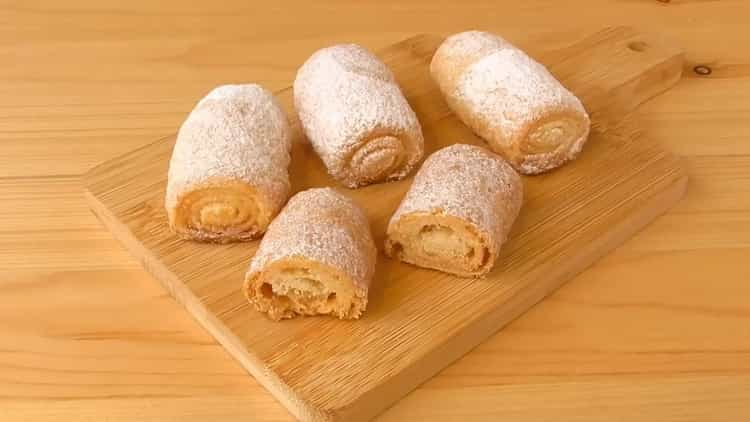 """Простой рецепт вкусного печенья на сметане """"Сахарные трубочки"""""""