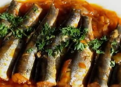 Салака с овощами в томатном соусе — бюджетный и вкусный рецепт приготовления