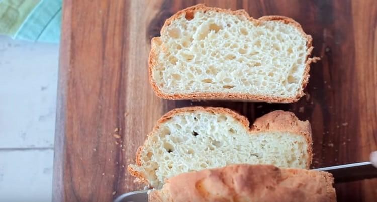 Такой хлеб получается очень вкусным.