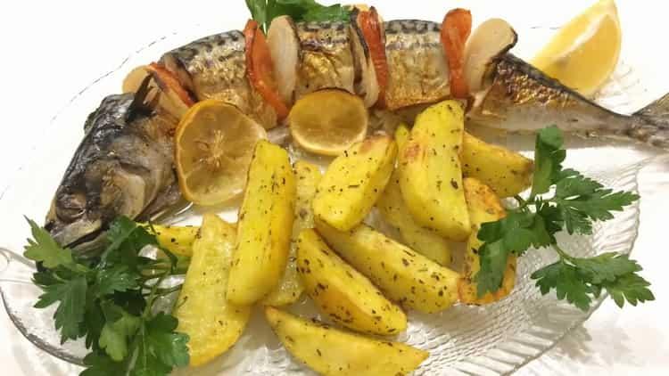 скумбрия в духовке с картошкой в фольге готова