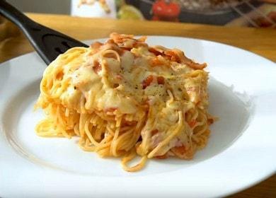 Макароны с беконом — с беконом в томатно-чесночном соусе 🍝