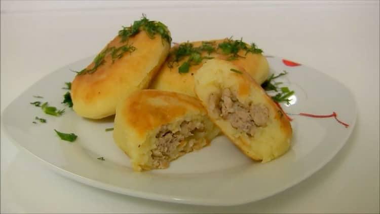 пирожки из картофельного пюре готовы