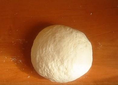 Готовим вкусное тесто для чебуреков, как в чебуречных, по пошаговому рецепту с фото.