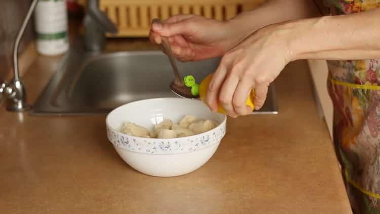 Для приготовления бананового чизкейка долбавьте лимонный сок