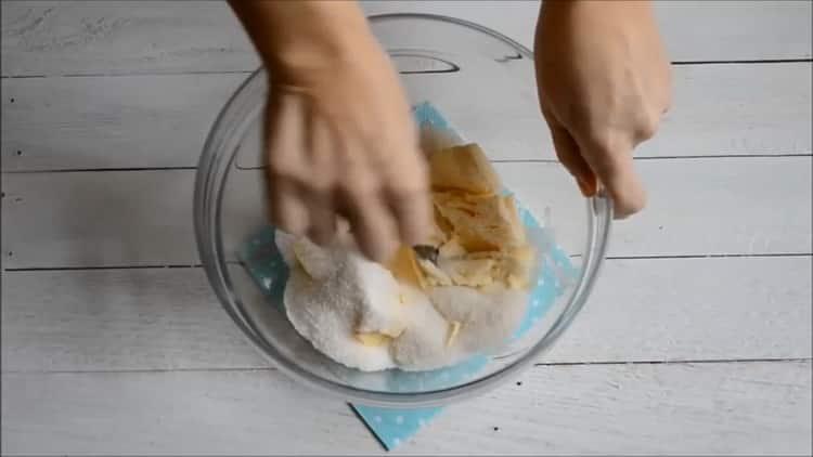 Для приготовления быстрого кекса в духовке, подготовьте ингредиенты
