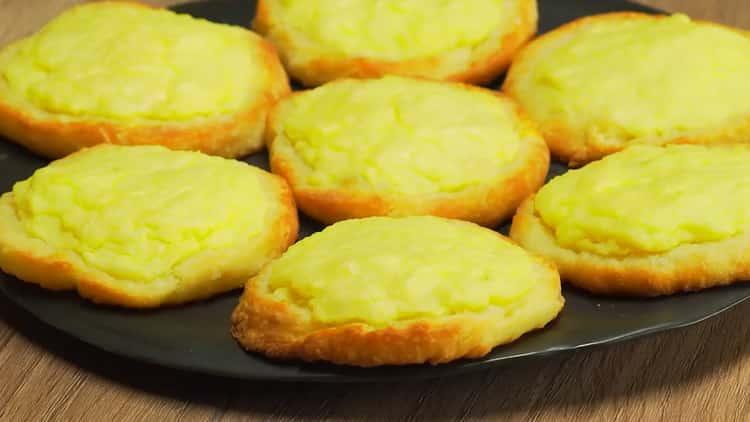 ватрушки с картошкой готова