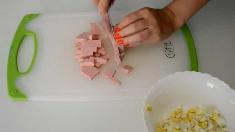 Для приготовления конвертиков подготовьте ингредиенты