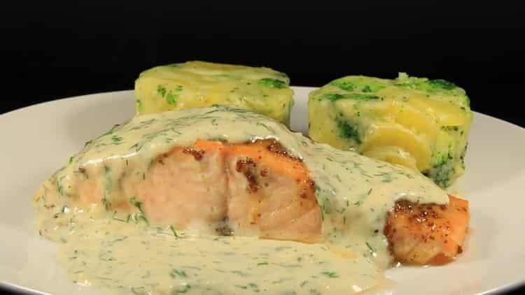 лосось в сливочном соусе готов