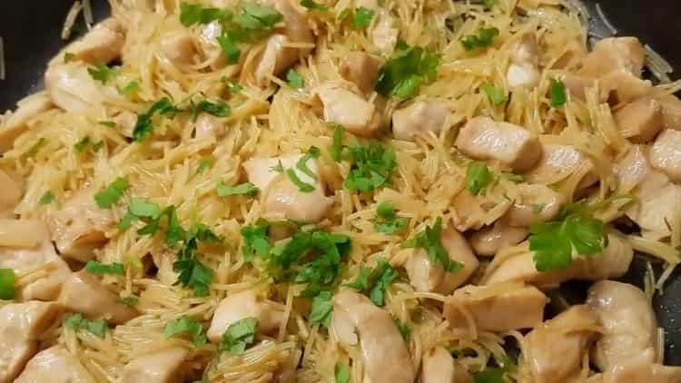Макароны с куриным филе - быстрый, вкусный и бюджетный ужин