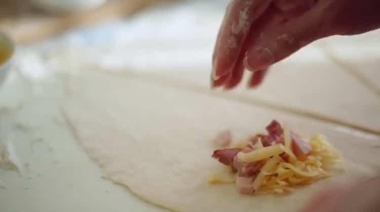 Для приготовления начинки для круассанов, подготовьте ингредиенты
