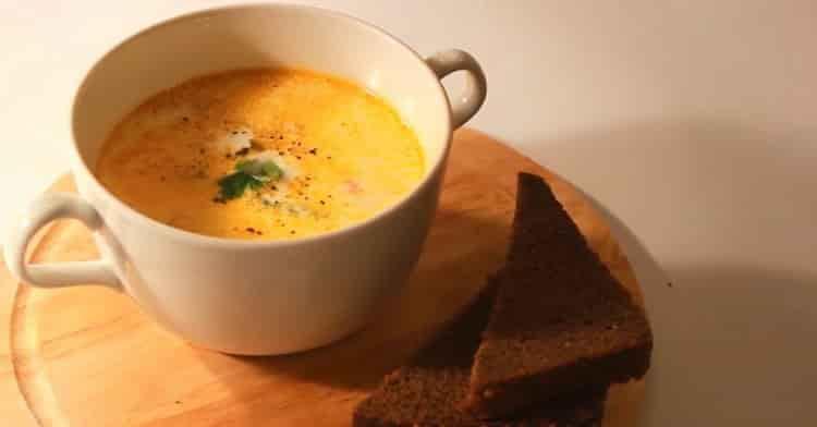 норвежский суп из семги со сливками готов