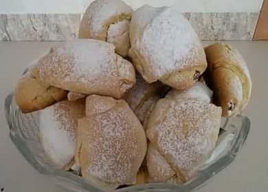 Рогалики из песочного теста с вареной сгущенкой — аппетитная, хрустящая, рассыпчатая выпечка