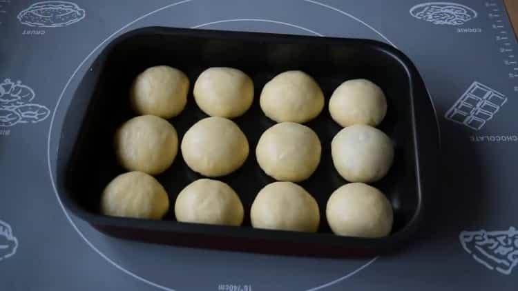 Как научиться готовить вкусное тесто для булочек в духовке