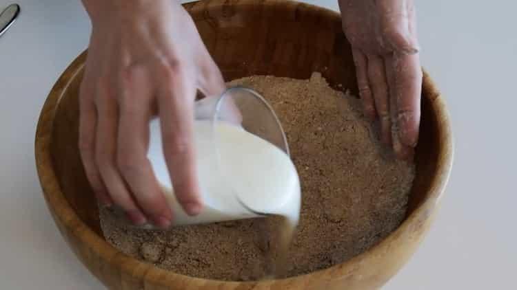 Для приготовления хлеба на кефире соедините инредиенты