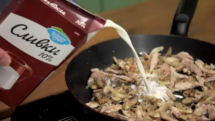 Для приготовления блюда, добавьте сливки