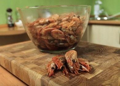 Рецепт жареных креветок в соевом соусе 🦐