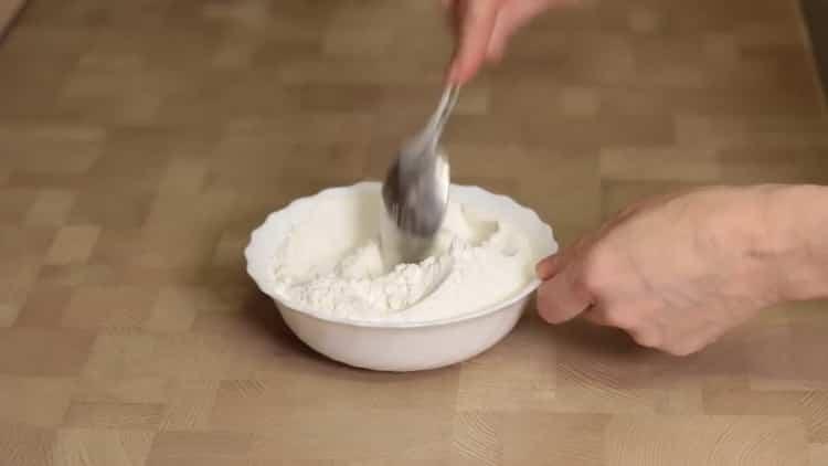 Для приготовления теста подготовьте ингредиенты