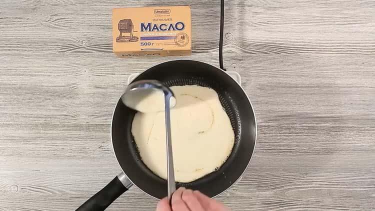 Для приготовления торта приготовьте блины